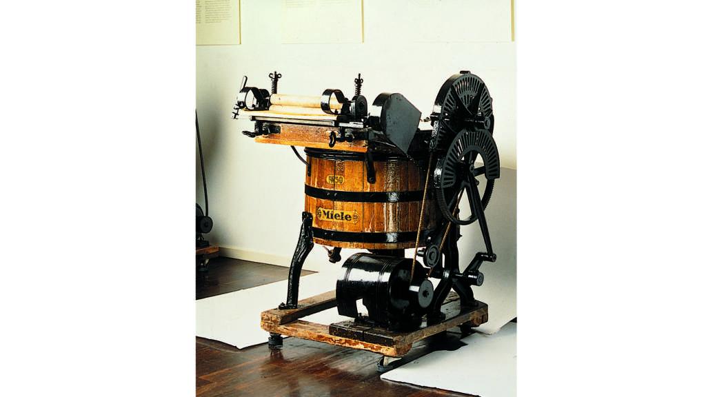 Den legendariska tvättmaskinen nr. 50 hade en motor som kunde kopplas till hemmens vägguttag.